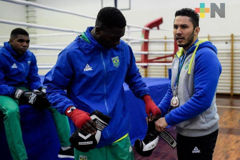 Entrenadores veracruzanos de boxeo se capacitan internacionalmente
