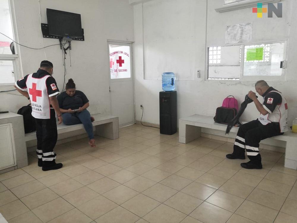 Para no poner en riesgo a sus familiares, paramédicos de Cruz Roja de Coatzacoalcos viven en instalaciones