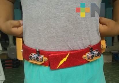 Programa espacial de Poza Rica creó cinturón para niños que marca la sana distancia