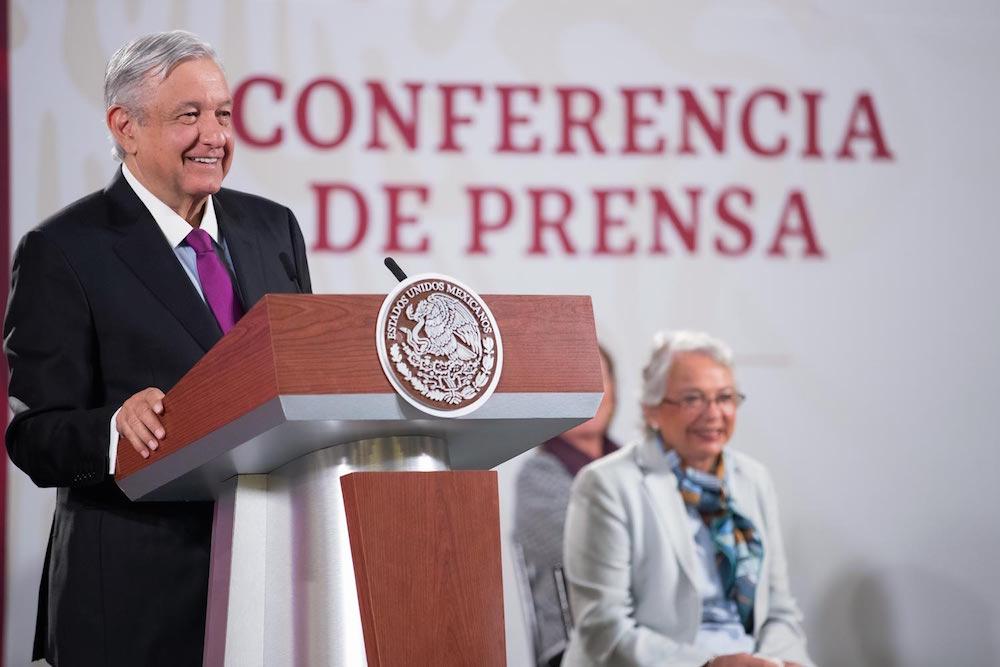 Presidente destaca apoyo sin precedentes a las mujeres