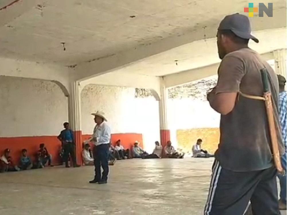 Agentes y sub agentes de Ilamatlán piden apoyo estatal para su remuneración económica