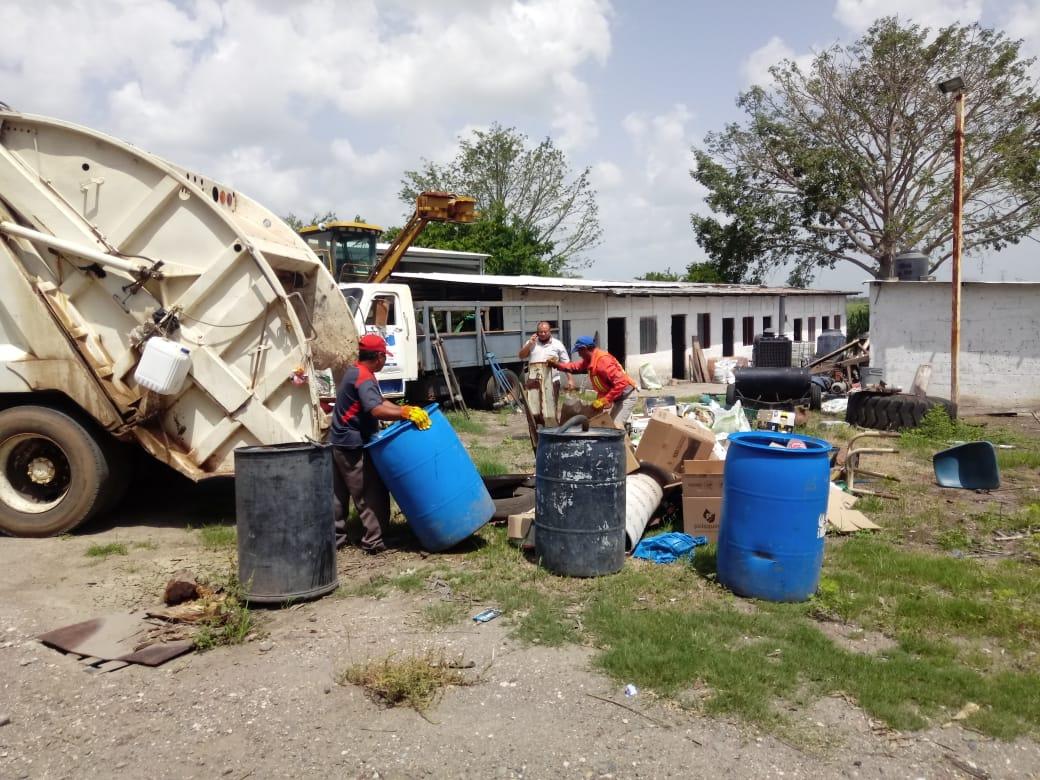 Director de Limpia Pública de Tres Valles, contagiado de COVID-19, pide a usuarios desinfectar bolsas de basura