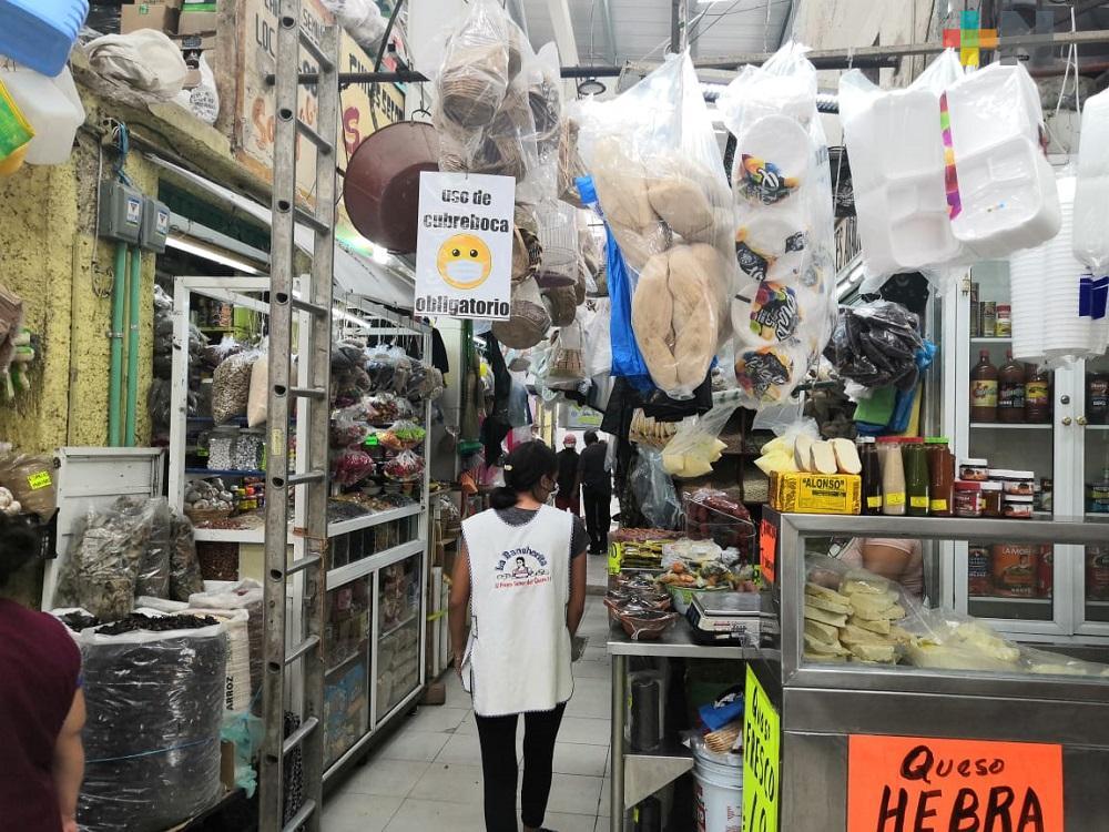 Con pedidos a domicilio, locatarios de mercado en Coatzacoalcos mejoran sus ventas