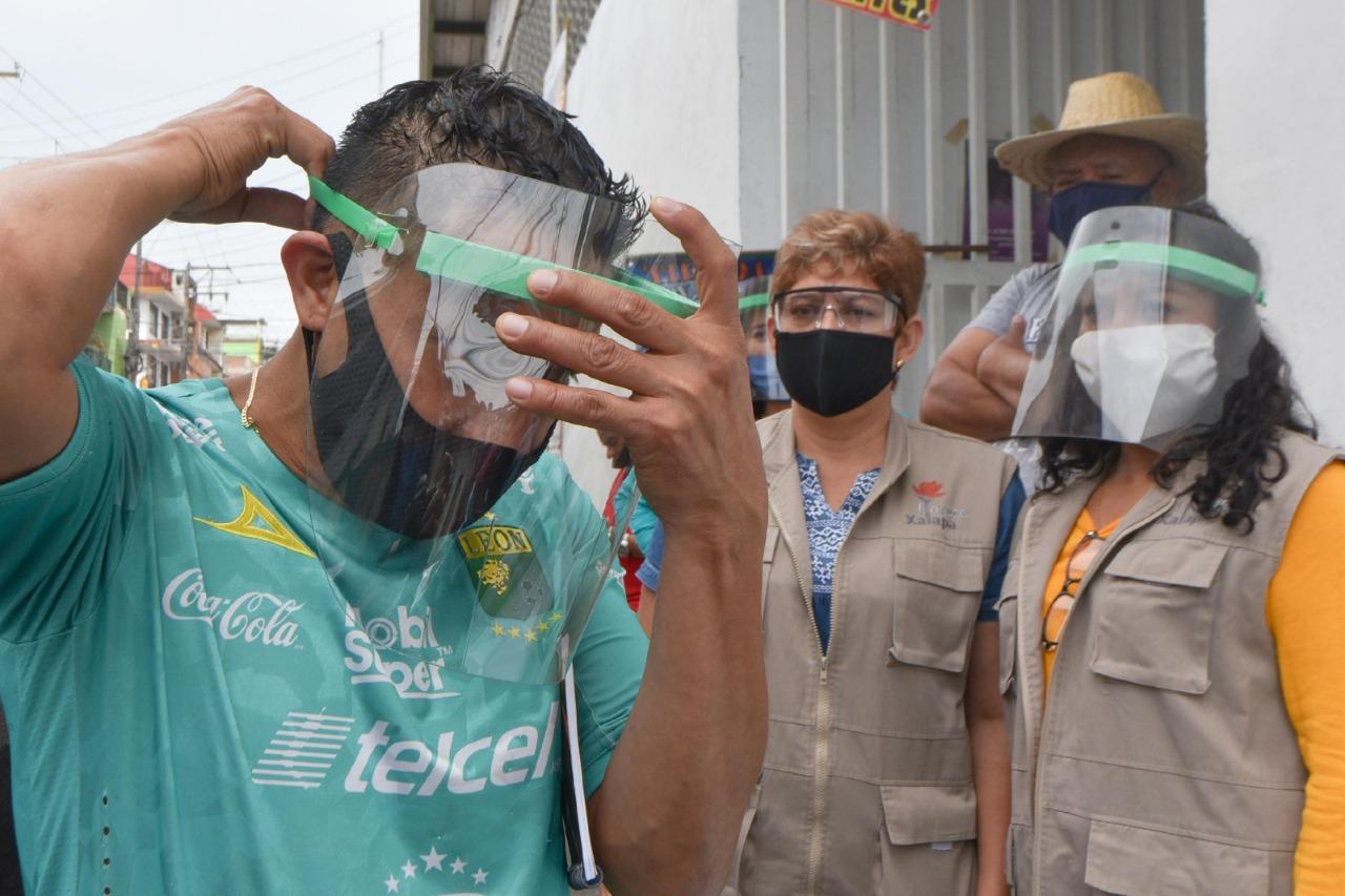 Casos sospechosos de COVID-19 repuntan en Xalapa; población relaja medidas sanitarias