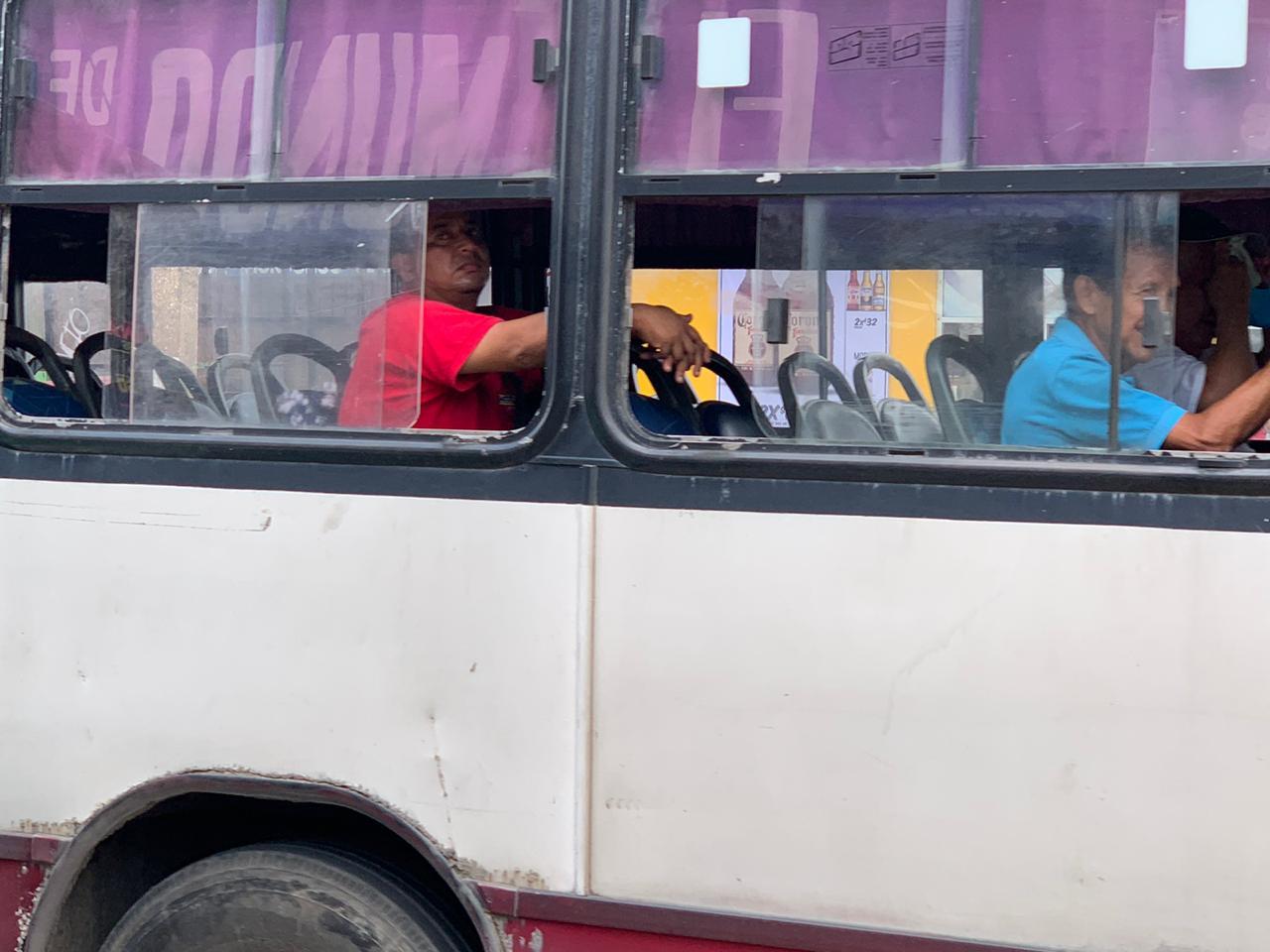 En todos los municipios de Veracruz queda restringida la movilidad en transporte público y privado