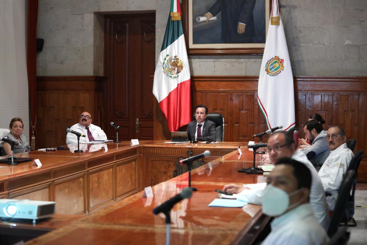 Decreta Cuitláhuac García la supervisión obligatoria de comercios para cumplir con la sana distancia