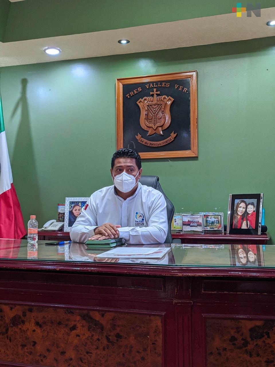 Alcalde de Tres Valles retoma funciones tras recuperarse de covid