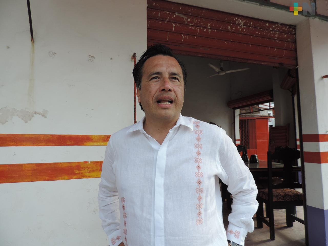 Supervisa el Gobernador Cuitláhuac García obra carretera en ribera derecha del Río Papaloapan