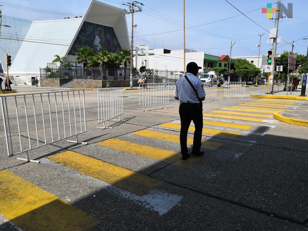 Por decreto estatal cierran principales calles del centro de Coatzacoalcos