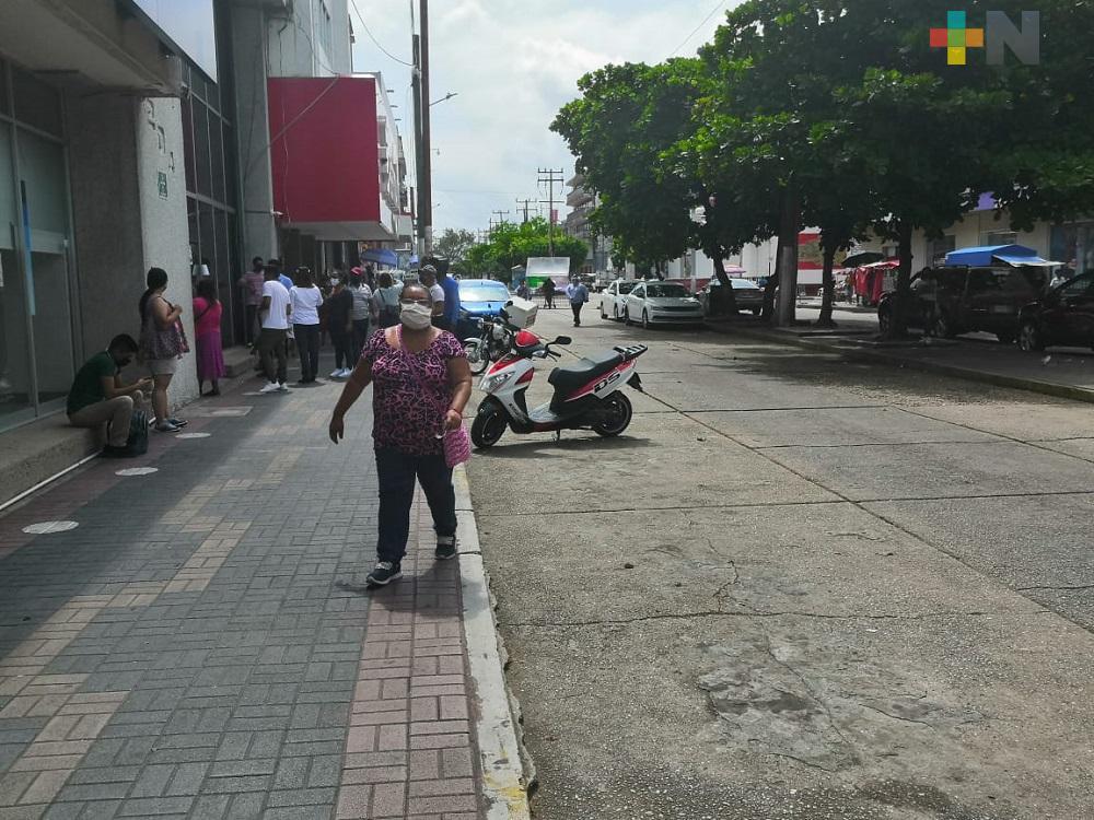 Regreso a semáforo rojo fue por falta de conciencia y responsabilidad: Sondeo