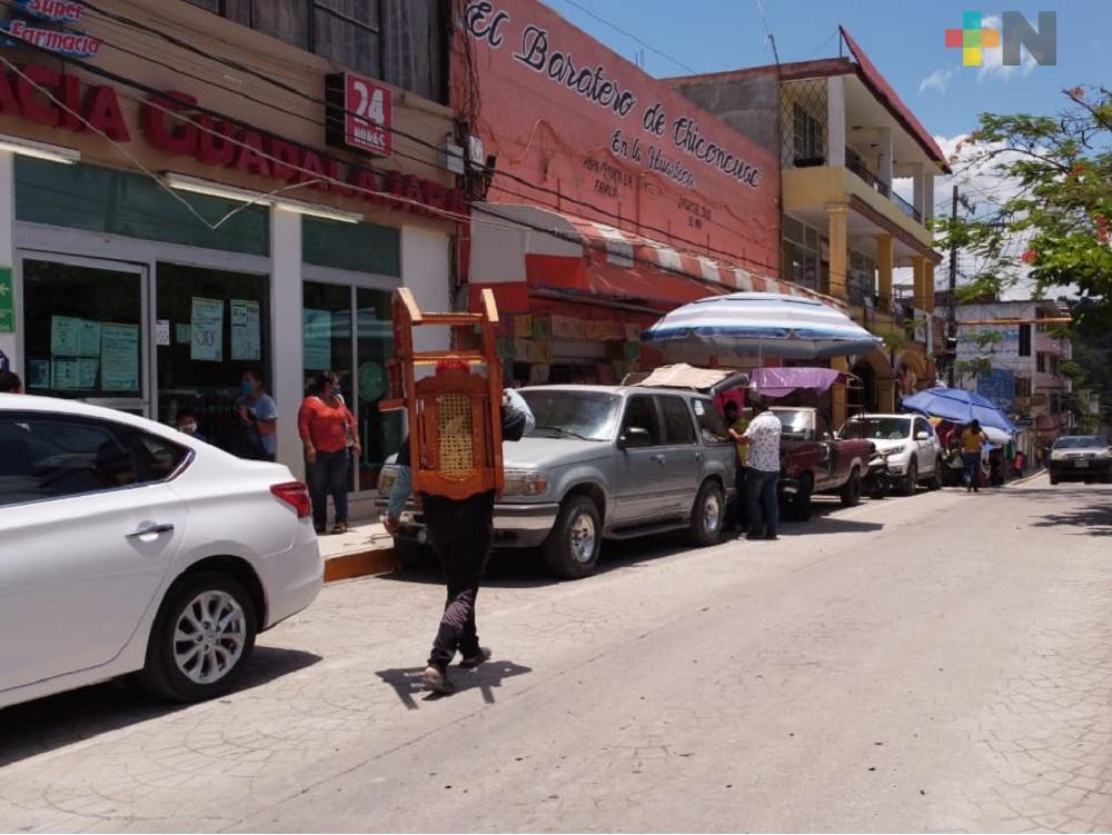 Comercios de Tantoyuca cumplen con el código QR para mitigar el coronavirus
