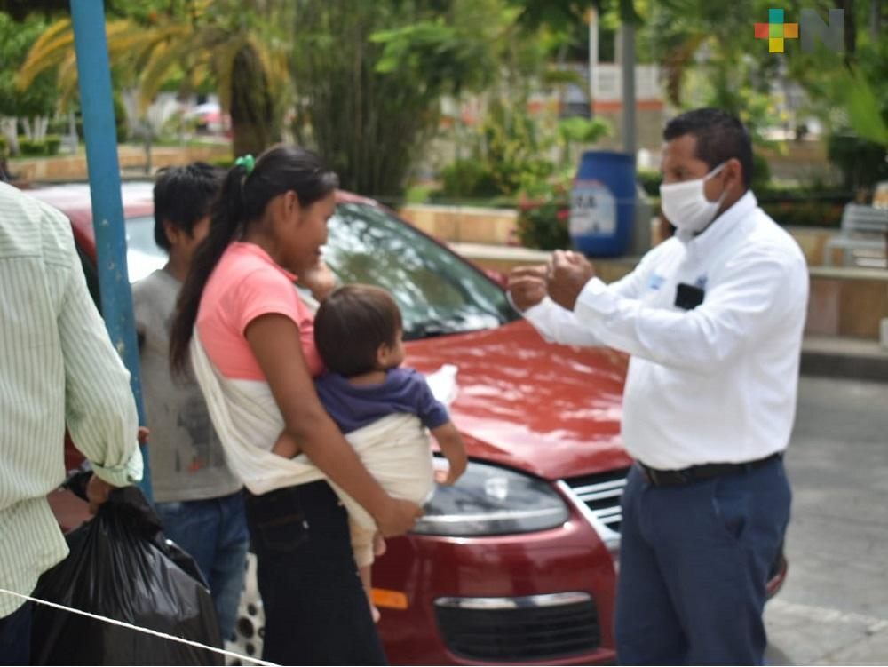 Tránsito Municipal de Tantoyuca coadyuva para orientar a conductores a usar cubrebocas