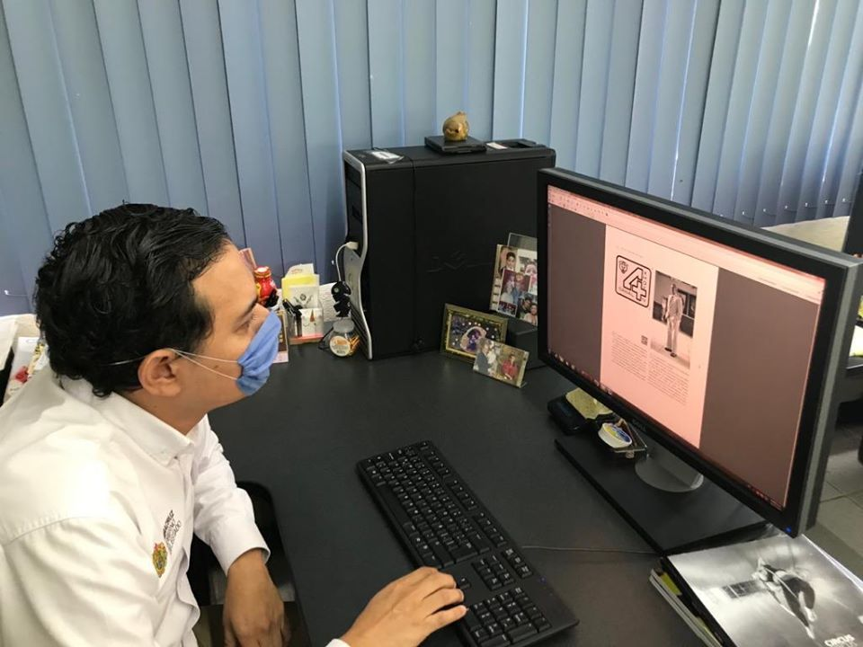 Director de RTV visita Editora de Gobierno, revisa avances del libro de  aniversario del canal