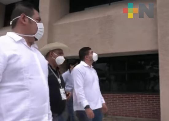 Zenyazen Escobar verifica obras de infraestructura educativa en zona centro