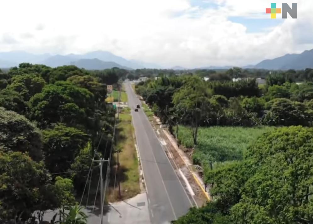 Diputados locales recorrieron carreteras de zona centro, verificaron   obras pactadas