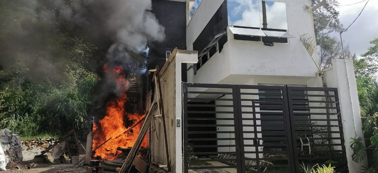 Controla PC Municipal incendio en Los Arenales