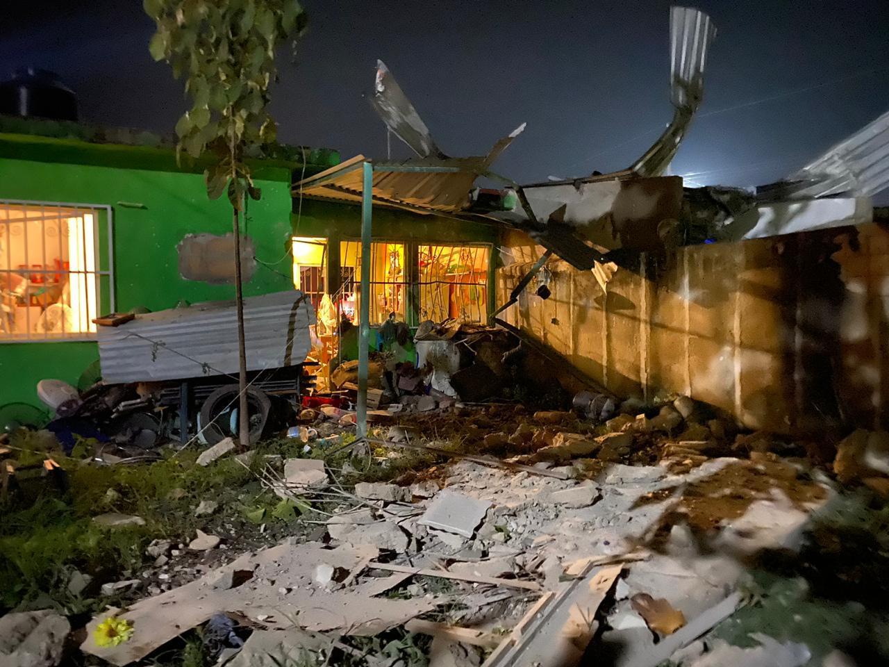 Explosión destroza casas en Soconusco, al sur de Veracruz
