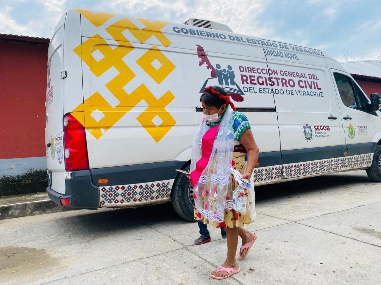 Repuso Registro Civil estatal documentos perdidos por inundaciones, en el Totonacapan