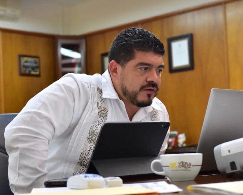 Secretario de Educación de Veracruz dio positivo a COVID-19