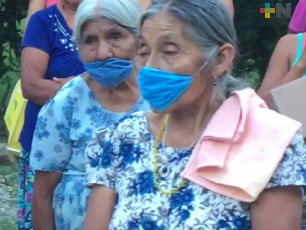 Adultos mayores, una experiencia de vida y sabiduría en Ixhuatlán de Madero
