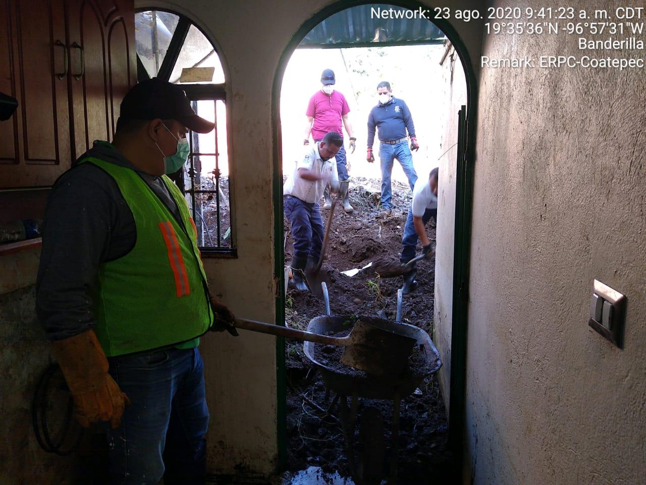 En Banderilla,vecinos preparan demanda contra empresa ferroviaria por provocar inundación