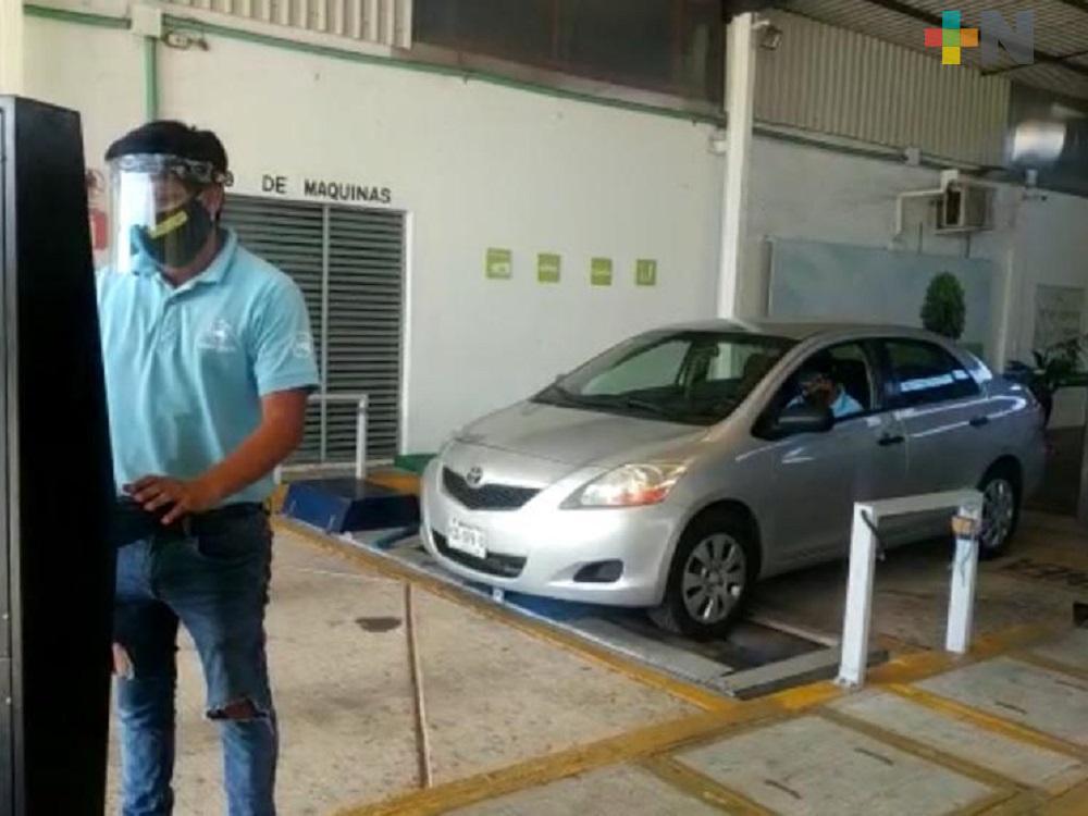 Centros de verificación Vehicular de Coatzacoalcos cumplen con protocolos sanitarios