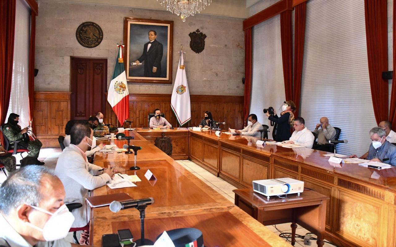 Pide el gobernador Cuitláhuac García a los alcaldes, a no relajar medidas sanitarias