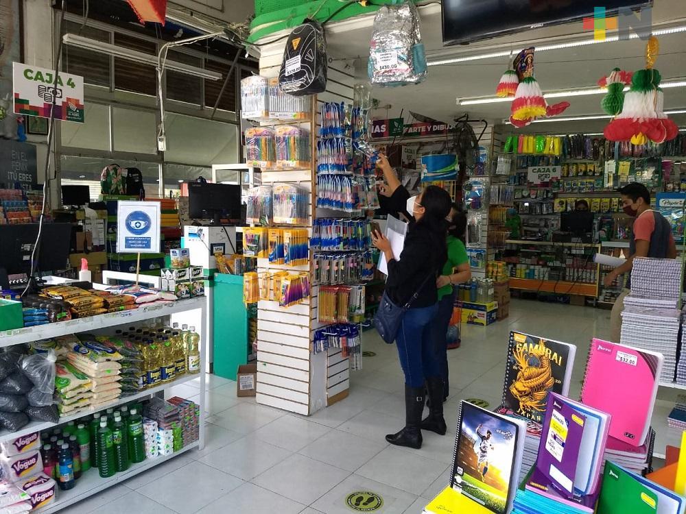 Debido a bajas ventas, papelerías de Xalapa ofrecen nuevos servicios