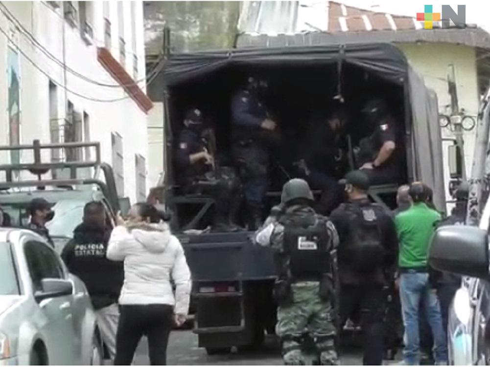 Desarman y trasladan a Xalapa a policías municipales de Altotonga