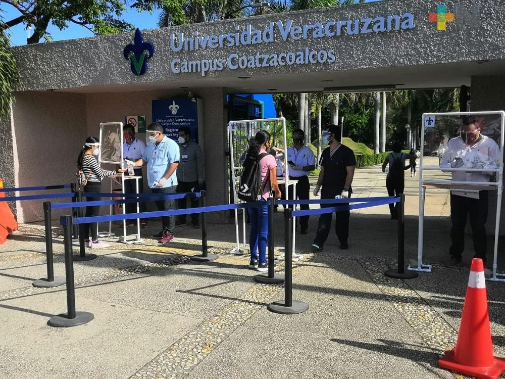 En región Coatzacoalcos-Minatitlán, más de cinco mil estudiantes presentaron examen de admisión a la UV