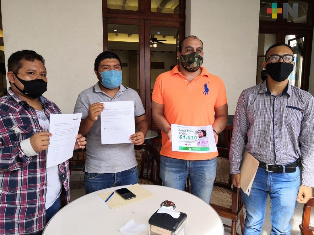 Estudiantes piden a autoridades del Tecnologíco de Boca del Río un descuento en inscripción