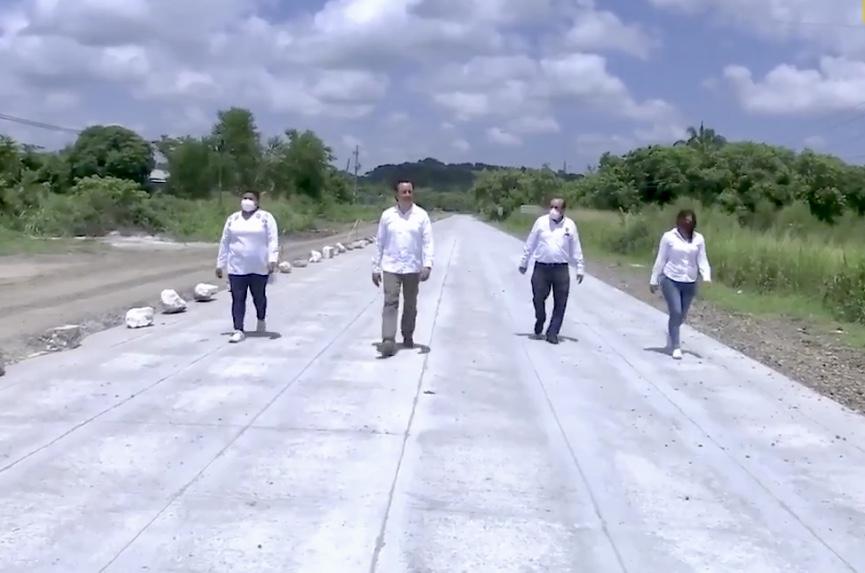 Supervisó el gobernador carretera que comunica a Poza Rica con el aeropuerto El Tajín