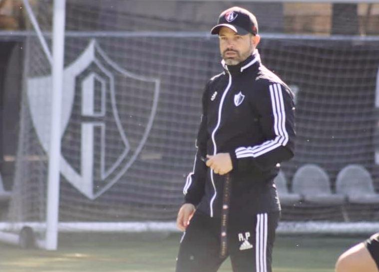 Atlas despidió a Rafael Puente como director técnico