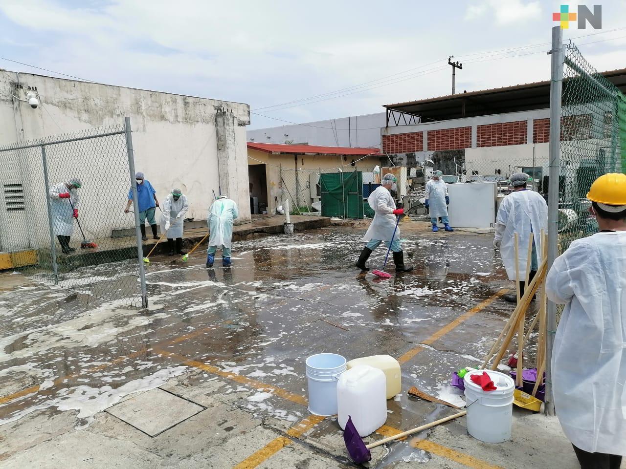 Retiran desechos del IMSS en Veracruz