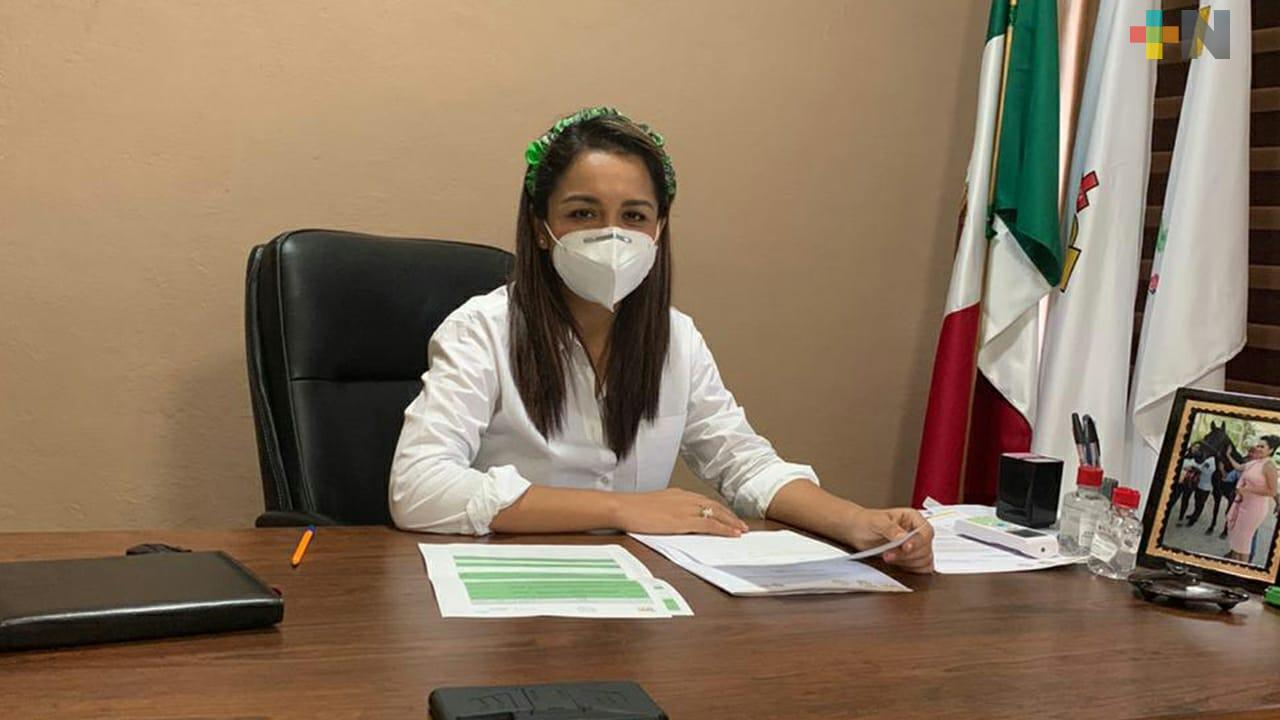 Alcaldesa de Chalma reanuda actividades tras recuperarse de covid