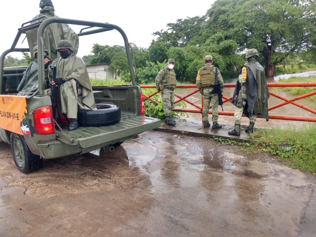 Elementos del Ejército Mexicano aplicó Plan DN-III-E en su Fase de Auxilio en Querétaro y Veracruz con motivo de fuertes lluvias