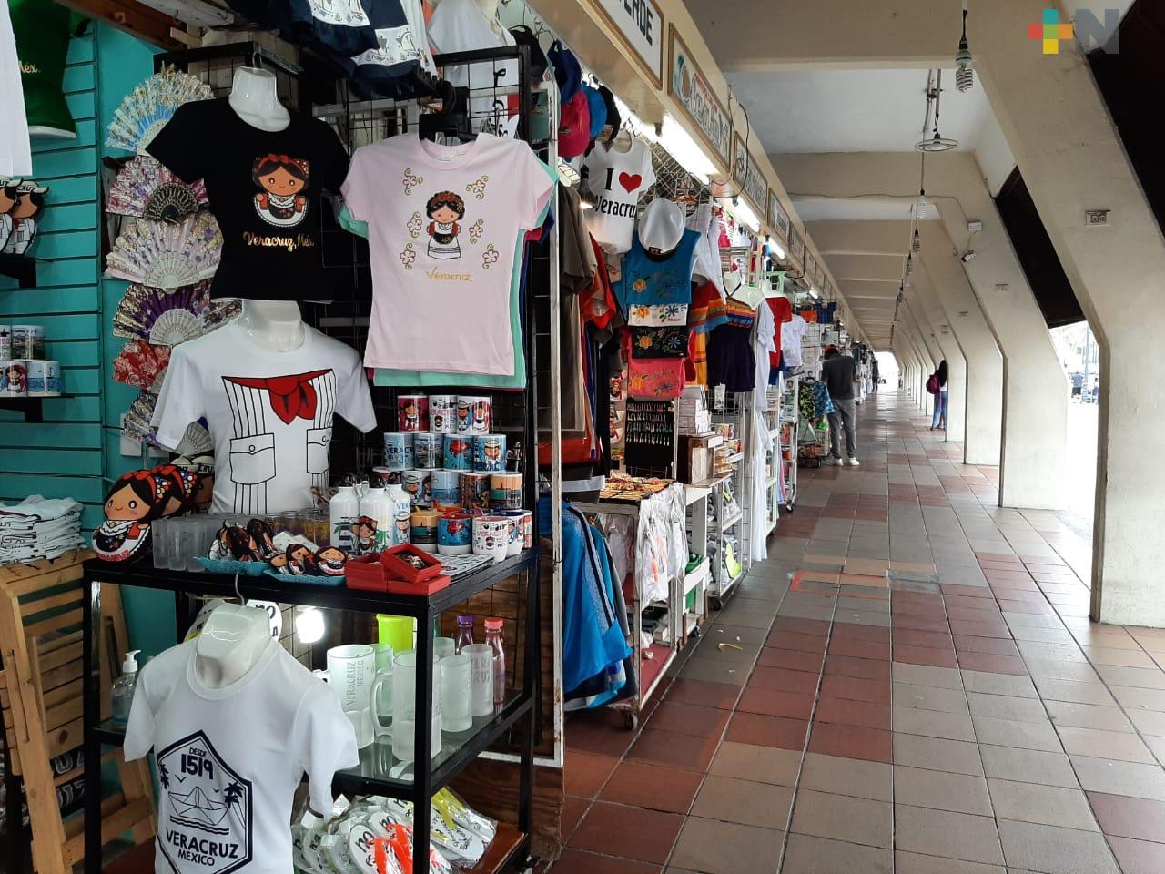 Abre el 80% de locales del Mercado de Artesanías de Veracruz