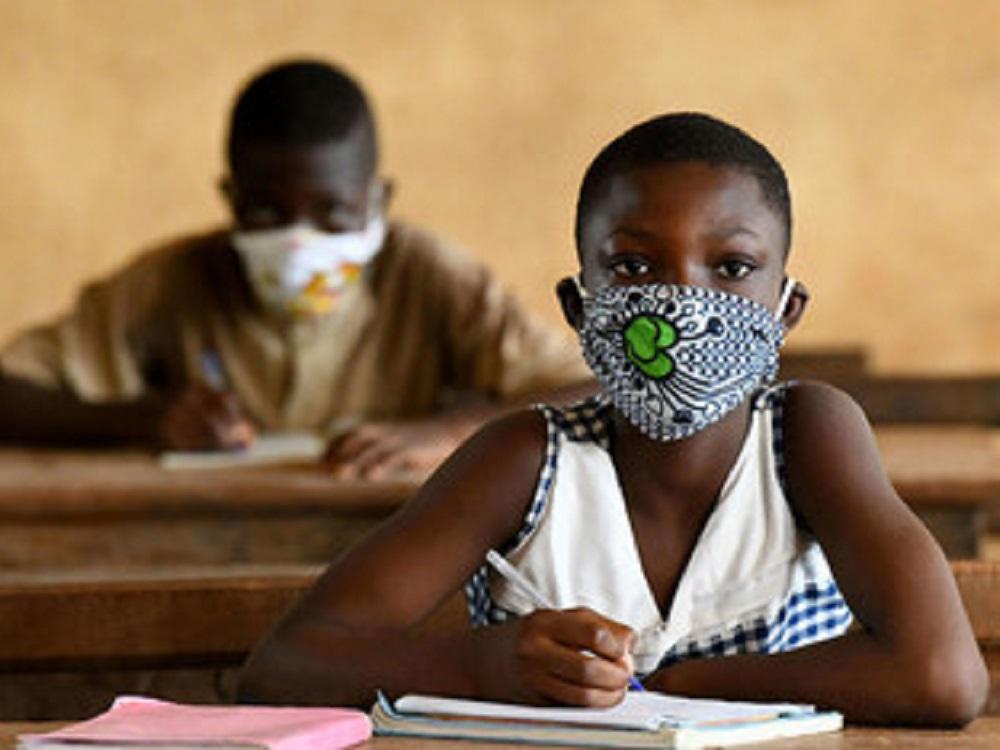 OMS y Unicef instan a la pronta reapertura de escuelas africanas