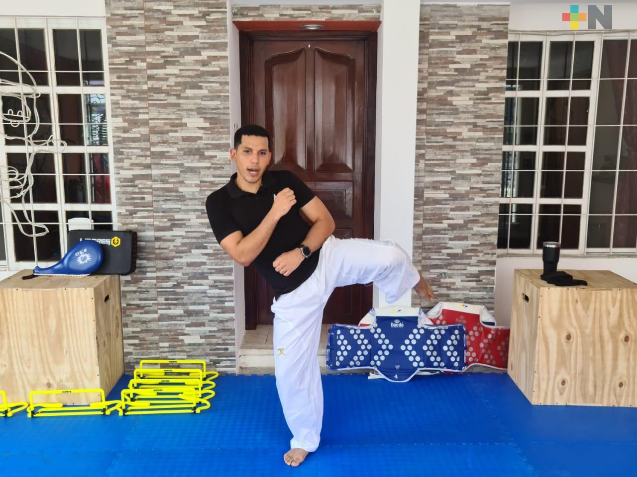 Abel Mendoza está vigente, actualizado en el taekwondo