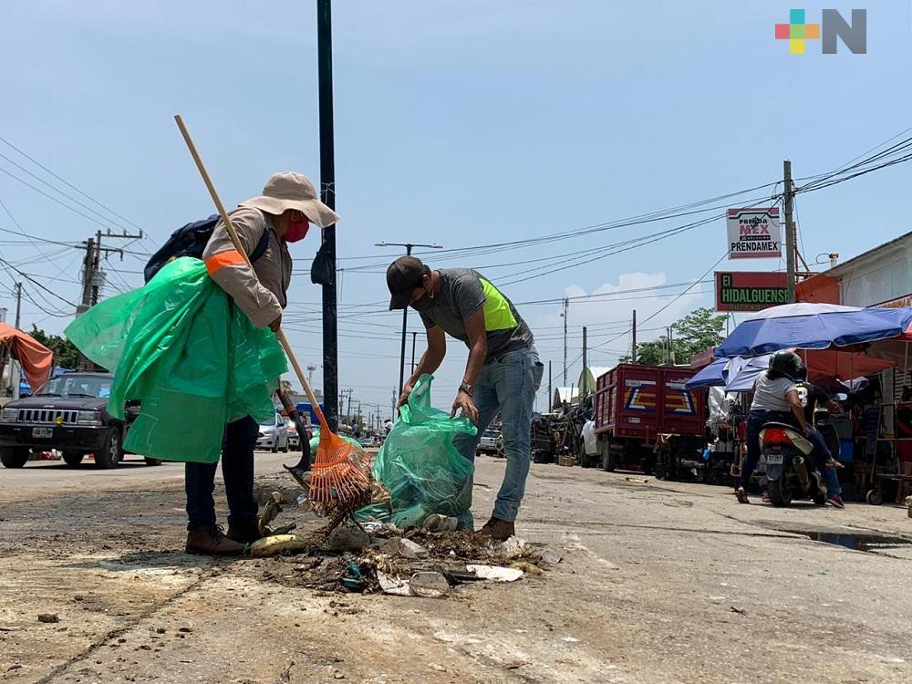 Personal de limpia pública realizó jornada masiva de recolección de residuos en Coatzacoalcos