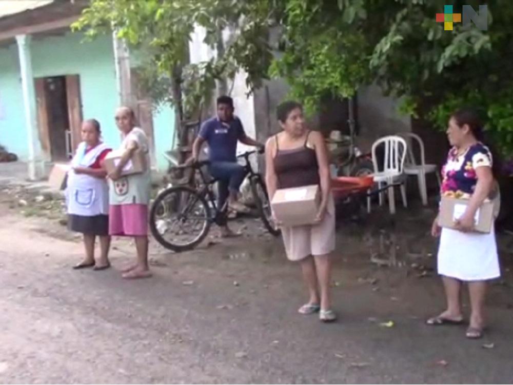 Por pandemia, ayuntamiento de Ixhuatlán de Madero apoya con despensas a comunidades indígenas