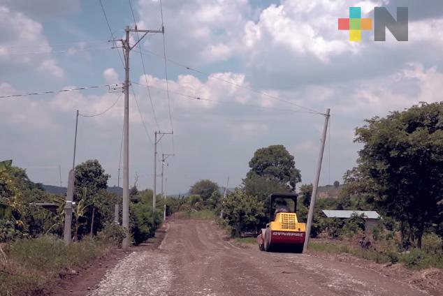 Sedesol beneficia a 150 familias de la Huasteca con electrificación