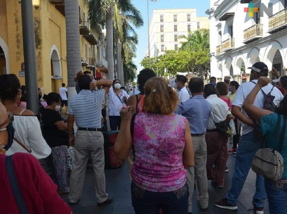 Sin servicio de agua, colonos acusan al alcalde Yunes Márquez de no atenderlos