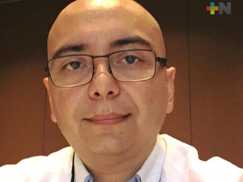 Dióxido de cloro no es benéfico para tratamiento contra COVID-19: médico Alejandro Barrat