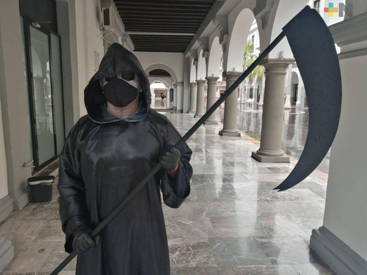 La «muerte» recorrió el zócalo de la ciudad de Veracruz