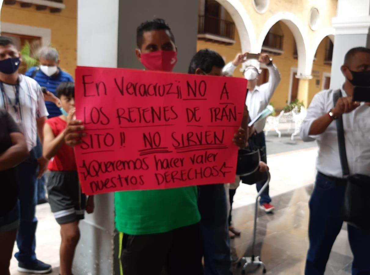 De nuevo, motociclistas se manifiestan en contra de operativos viales en municipio de Veracruz