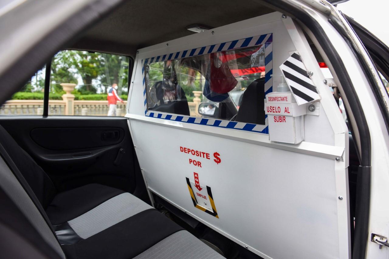 Inicia en Xalapa programa Taxi Seguro contra COVID-19