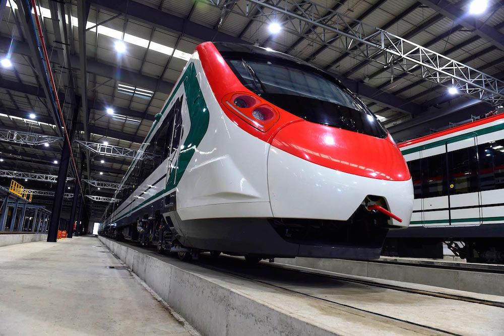 Presidente supervisó avances de construcción del Tren Interurbano México-Toluca; llama a concluirlo en 2022