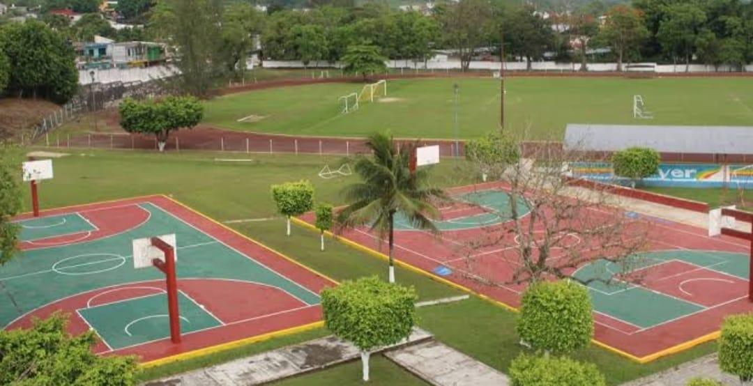 Abren espacios deportivos de Misantla