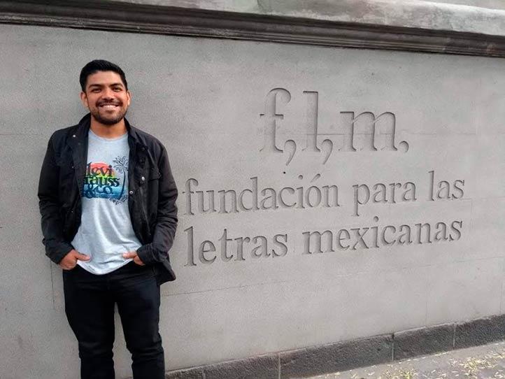 Estudiante UV ganó Premio Bellas Artes de Traducción Literaria